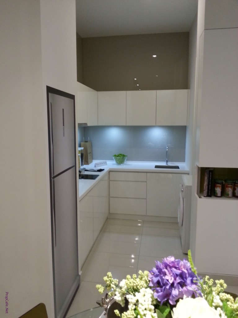 8++sq show unit - kitchen